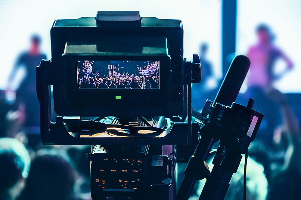 shooting concert professional camera view of the PTN8AQM